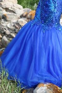OBO: Blue graduation dress. Worn once, like new. Regina Regina Area image 1