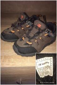 Karrimor infancy walking shoe size 6