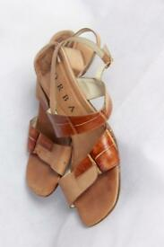 Brown sandals size 5