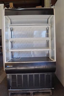 Masterbilt 48 Refrigerated Grab And Go Vertical Open Display Merchandiser