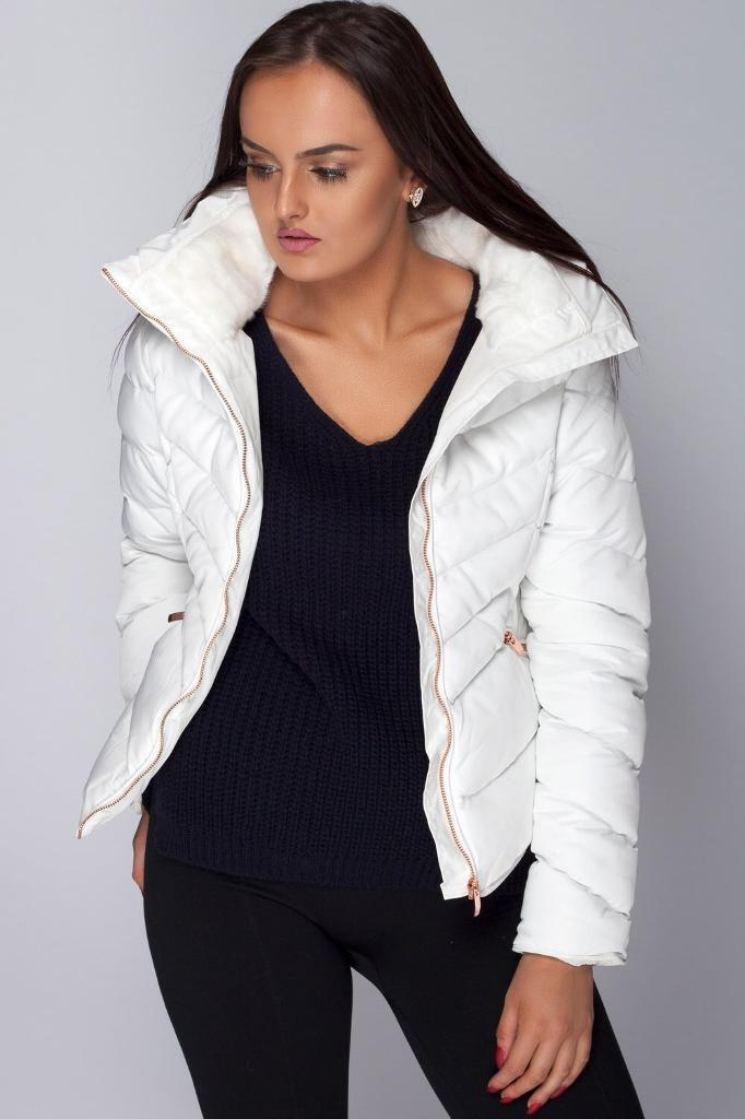 Women S Zara White Quilted Coat In Anlaby East Yorkshire Gumtree
