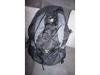 Karrimor Wind 25 Black/Grey Climbing/Walking Breathable Rucksack, Wind Tunnel