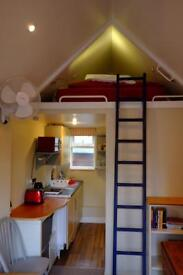STUDIO -SHORT LET (available mid Aug until late Oct) £800pm all in