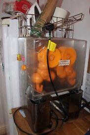 Orange juicer to pick up