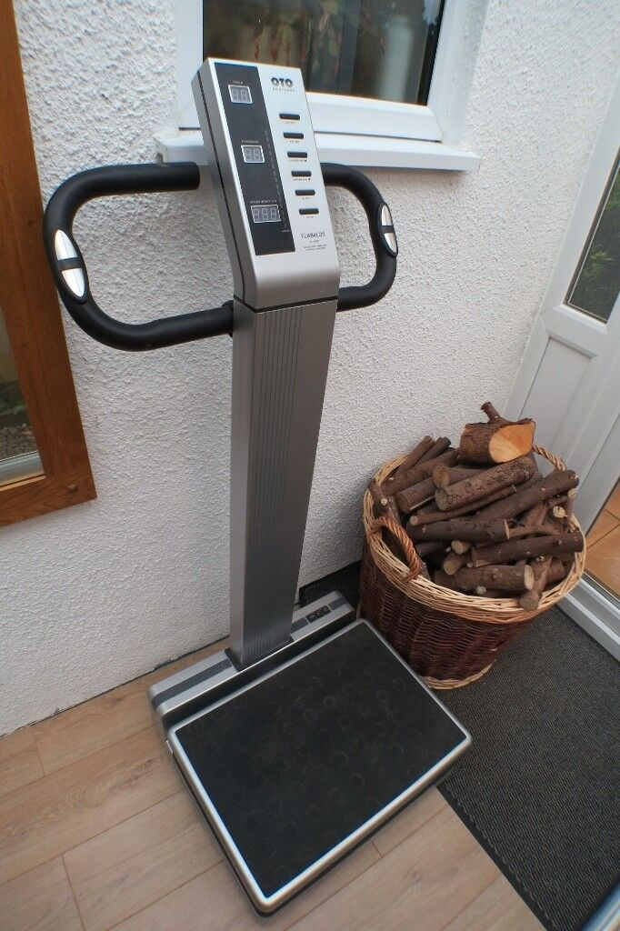 Flabelos FL3000 Vibration Plate Workout Machine and Weight Loss   in  Plymouth, Devon   Gumtree