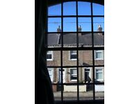 Fab spacious student house - convenient for town & uni. Helpful private landlords. No fees!