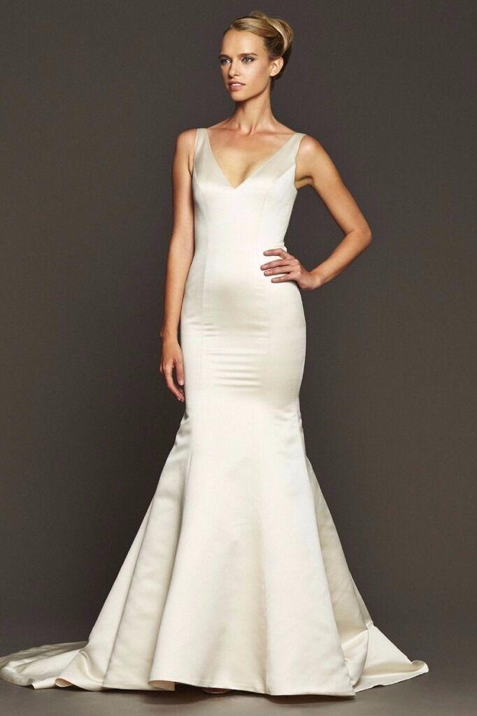 Stunning Designer Badgley Mischka Shearer Wedding Dress