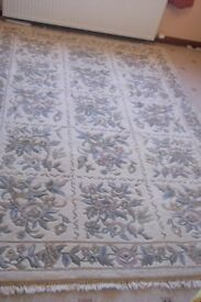 Large Chinese wool rug , neutral colour 100% wool 270 x 180 cms 9 ft x 6 ft approx