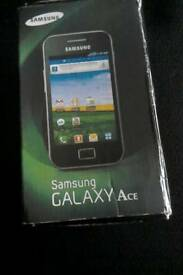 Samsung Galaxy Ace.
