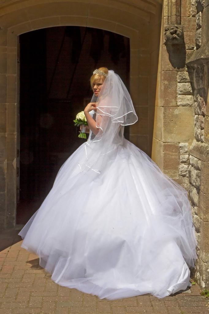 White Princess Wedding Dress With Tiara And Veil