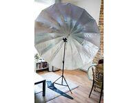 Westcott 7 Foot 2.2m Silver Parabolic Umbrella Kit & Triple Threat Flash bracket
