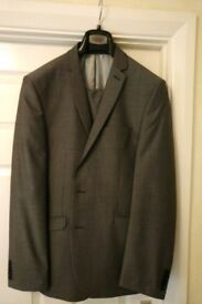 "Five Men's Jackets (42"" chest) for sale (can be sold separately)"