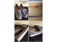 Flatform shoes size 6 pretty little thing