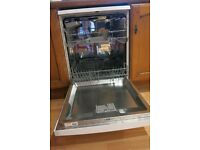 Dishwasher in excellent working condition for sale. New kitchen forces sale