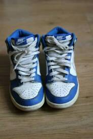 NIKE high trainers size 4