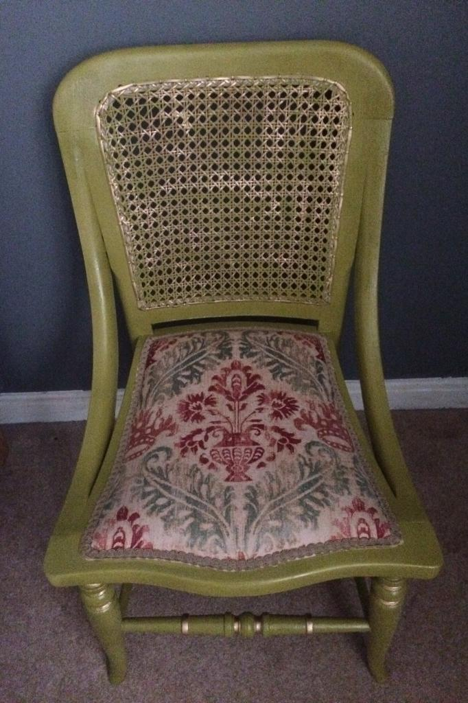 Fleur De Lis Dressing Table Chair In Blackhall