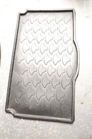 Suzuki Ignis boot protector mat, original - 2005