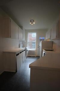 Fully Renovated 5.5 in NDG - available December 1st - VENDOME