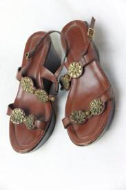 Women's brown sandals size 5