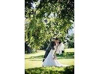 (OR NEAREST OFFER )Beautiful ivory lace wedding dress inc veil and petti coat