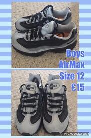 Various children's shoes