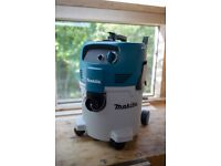 Makita VC3012M Class M Wet / Dry Hoover / Dust extractor / 110V