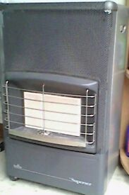 Calor gas heater with gas bottle