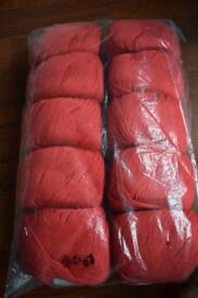 Fileca red yarn