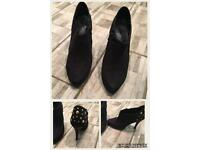 Ladies hi heels all immaculate condition