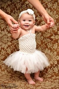 Beautiful White Tulle Tutu Dress 0-6 months Christmas Baby Infant Boutique