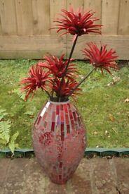 Retro Red Art Deco Vase ... Stunning broken glass design