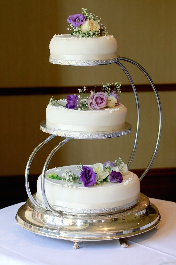 wedding cake 4 tier stands 3 tier wedding cake stand in dalgety bay fife gumtree 21706