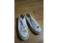 CONVERSE white trainers, good condition, UK half-size 4.5, original low Chuck Taylor All Stars