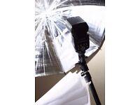 flashgun + 2 umbrelas + stand