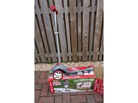 Radio Flyer Pro Glider Deluxe Grey/Red Age 3+ Tilt to Steer 3 Wheel Scooter