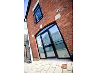 Desk Space to rent in Gorgeous Converted Coach House: Penarth, Cardiff