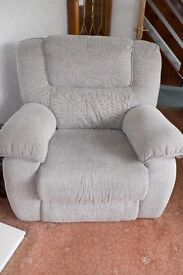 Lazy Boy Chair extremely comfortable & within warranty period. Gee Cross Hyde