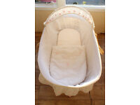 Moses basket with mattress £5