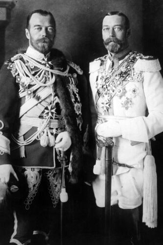 New 5x7 Photo: Czar Nicholas II of Russia and King George V of England, 1913