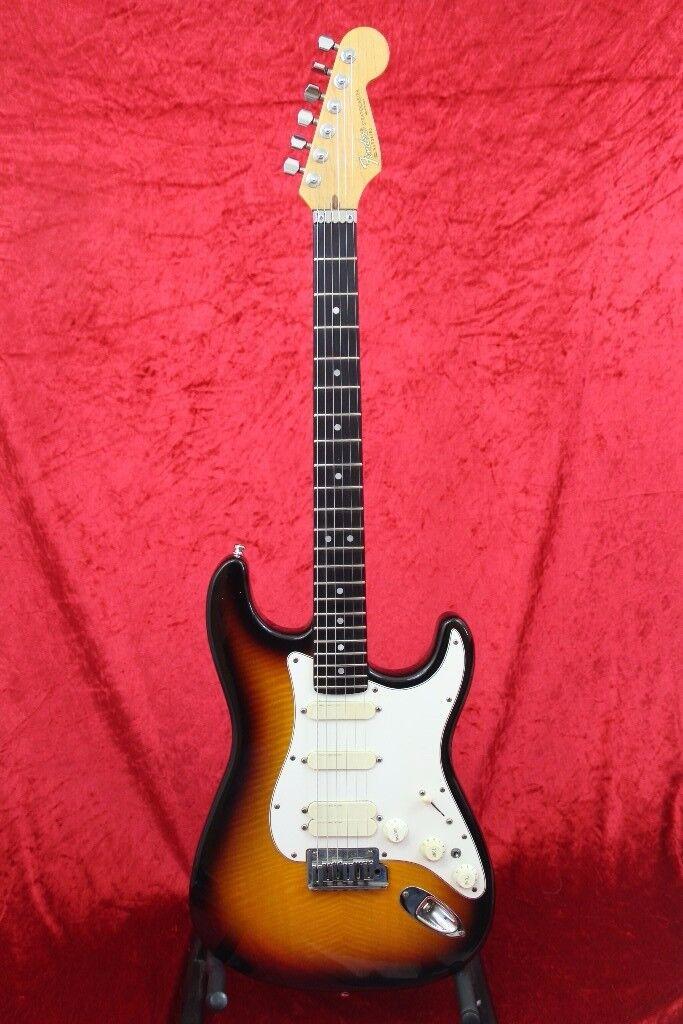 Fender Stratocaster Ultra - Ebony Board
