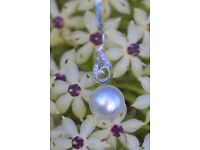 18ct White Gold 13mm Australian South Sea Pearl and Diamond Pendant and Chain