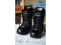 ThirtyTwo Snowboard Boots size 10.5 UK