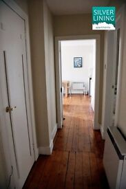 Double Room available in January in Beautiful Edinburgh Royal Mile Apartment (7)