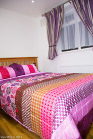! Room next to Mile end and Stepney green !