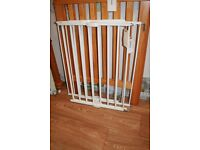 Lindam Extendable Safety Gates - 2 available