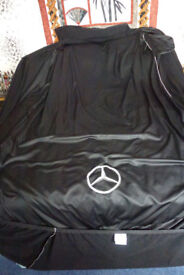 Prestige Indoor cover for a Mercedes SL 350 - Excellent condition