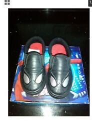 New Spiderman Black plimsolls/pumps/slip on like Shoes in a Size 7 (infant)
