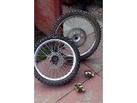 bike parts wheels and callipers