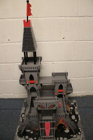 Early Learning Centre - Tower of Doom Wooden Painted Castle