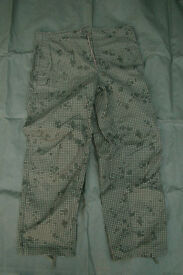 Desert Storm - US Army Issue 'Night Desert' Over Trousers (mint, as new)